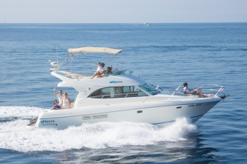Private Yacht Rental