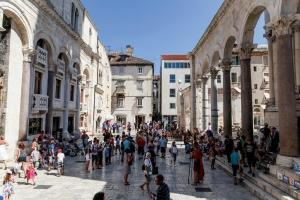 SPLIT EXCLUSIVE CITY BREAK